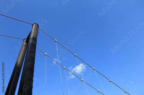 Fototapeta premium 吊り橋の一部分(上部)