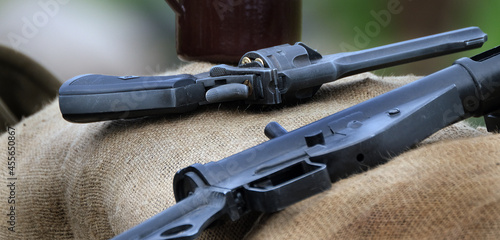 Canvas Automatic and semi automatic weapons. Second world war.