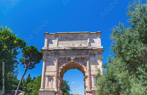 Obraz na płótnie Arch of Titus on the Via Sacra, Rome, Italy