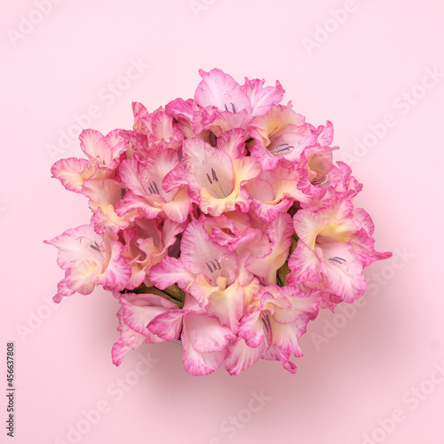Canvas Print Vitality simplicity bouquet of gladioli flowers for weddings and celebrations