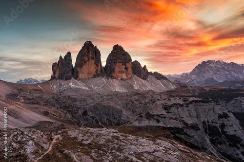 Canvas Print Alpenglow on mountain peaks