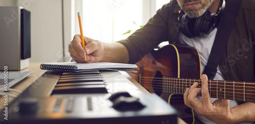 Fotografie, Obraz Musician writing music