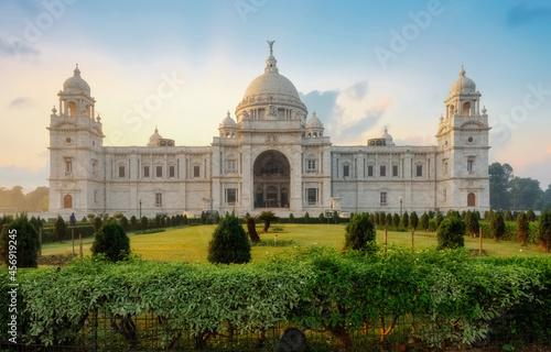 Fototapeta Victoria Memorial historic monument and museum built in colonial style built in the year 1921 at Kolkata