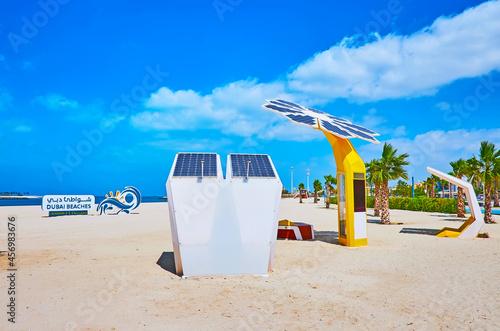Fotografija Solar powered chargers on Jumeirah beach, Dubai, UAE