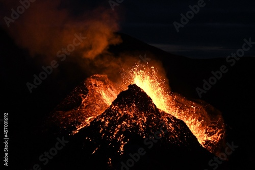 Stampa su Tela Eruption at Fagradalsfjall, Iceland