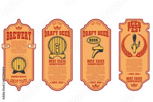 Tela Set of beer labels with illustrations of beer barrel