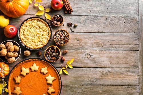 Canvas Thanksgiving autumn pies
