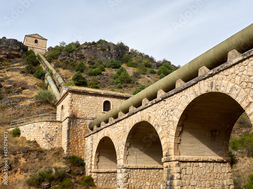 Photography of Canal de Isabel II aqueduct at the entrance of Patones de Arriba, a charming village in the mountains of Madrid Fototapet