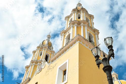 Billede på lærred Torres del Santuario de la Virgen de Guadalupe en Tepatitlán de Morelos