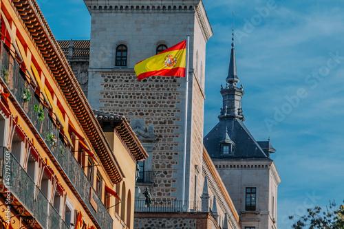 Toledo city hall with flag, Spain, Europe Fotobehang