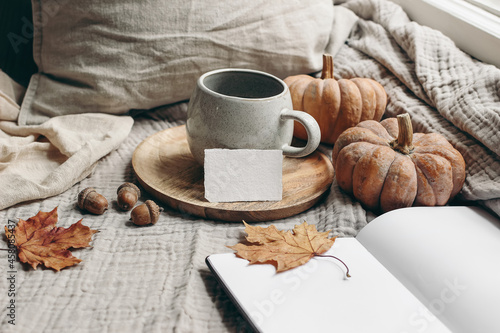 Photo Cozy autumn morning breakfast still life