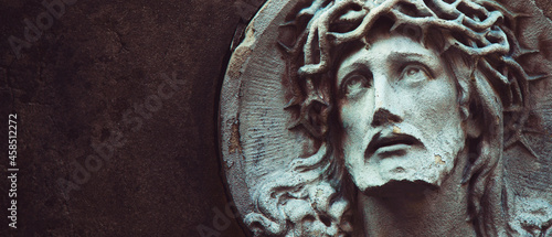 Fotografering Jesus Christ in a crown of thorns (fragment of ancient statue)