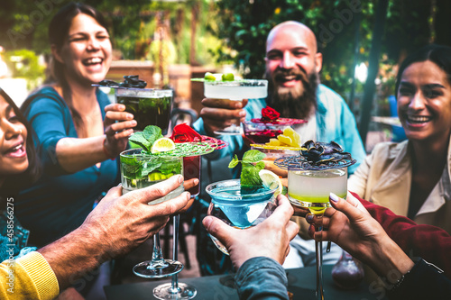 Fotografie, Obraz Fashionable people holding multicolored drinks - Trendy friends having fun toget