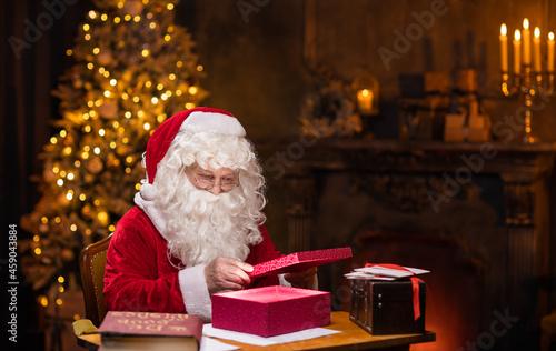 Fotografia, Obraz Workplace of Santa Claus