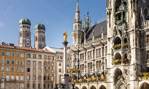 Canvas Munich Marienplatz square with the city hall with the Glockenspiel, the Marian C