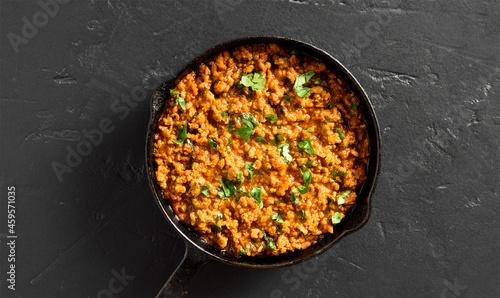 Obraz na plátně Keema curry in frying pan