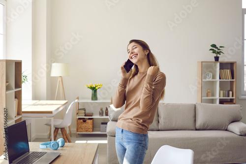 Fotografiet Girl feeling happy