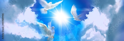 Fotografia The flying three white doves around clouds stairs leading to shining heaven and