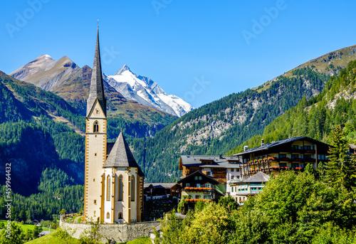 Billede på lærred famous village Heiligenblut in Austria