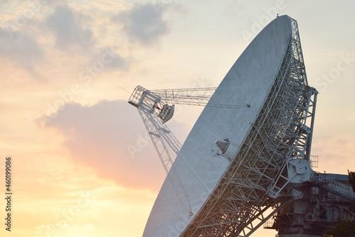 Fotografia Large radio telescope