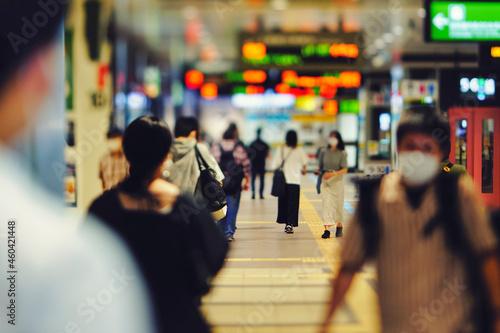 Fotografie, Obraz 仙台駅を歩く人々 ビジネスイメージ