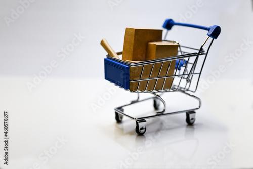 Fototapeta ミニチュアのショッピングカート