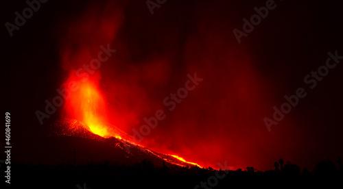 Fotografie, Tablou Volcano erupting in Canary Islands. La Palma