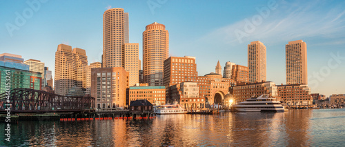 Fotografie, Obraz Financial District and Harbor in Boston, USA