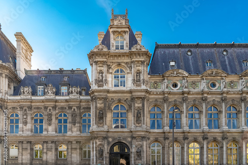 Paris, the facade of the Hotel de Ville, city hall of the French capital Fototapet