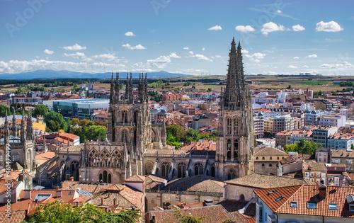 Vista panorámica de la catedral gótica de Burgos, España