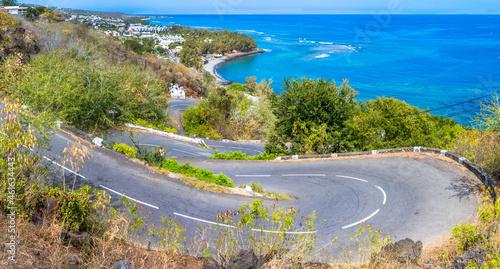 Photo Route en lacets, chemin de la Surprise, Saint-Leu, île de la Réunion
