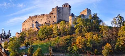 Foto Burg Heinfels Herbst