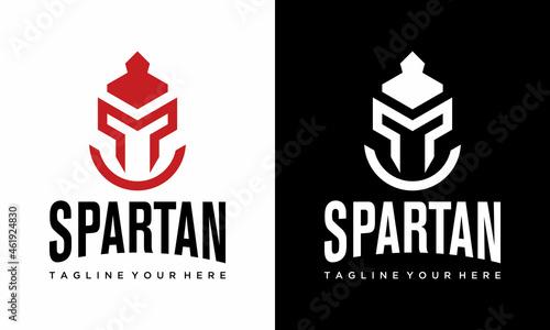 Obraz na plátně Spartan logo design template ,Helmet logo design concept ,Vector illustration on a black and white background