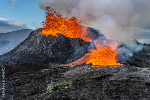 Canvastavla Daytime volcanic eruption on Reykjanes peninsula