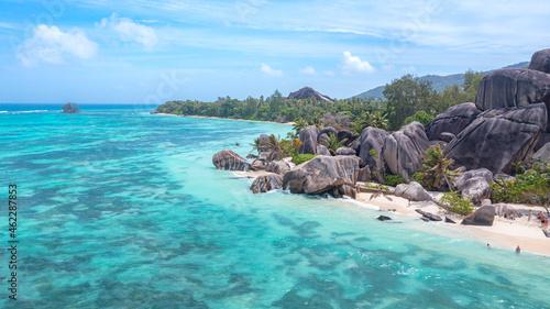 Fotografie, Obraz Der Traumstrand Anse Source d'Argent mit seinen Granitfelsen auf der Insel La Di