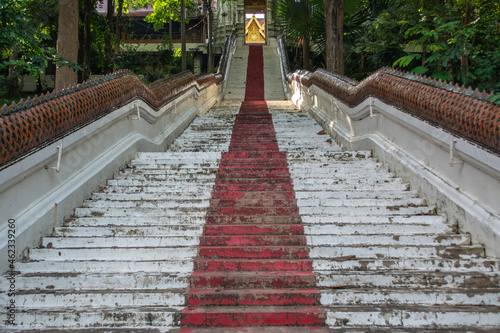 Obraz na plátně Within Wat Phra That Cho Hae is a Chiang Saen-style pagoda that enshrines holy relics of Lord Buddha