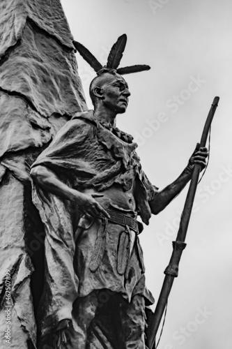 Fototapeta Closeup of 42nd New York Volunteer Infantry Regiment Monument, Gettysburg Nation
