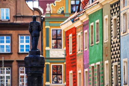 Stare kamienice na rynku w Poznaniu