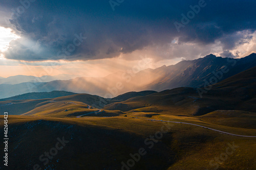 Canvas-taulu Sunset in Abruzzo, Mountain Gran Sasso