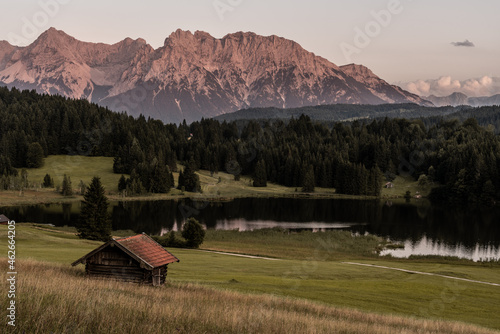 Canvas Print Single hut at geroldsee with alpenglow