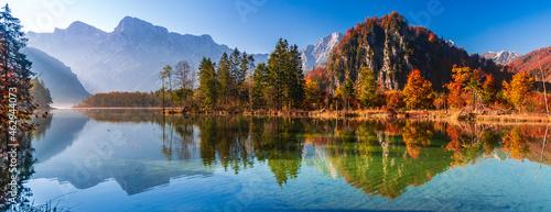 Obraz na plátně Almsee im Herbst