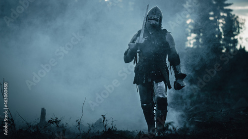 Cuadros en Lienzo Lonesome Medieval Warrior Marching Through Forest