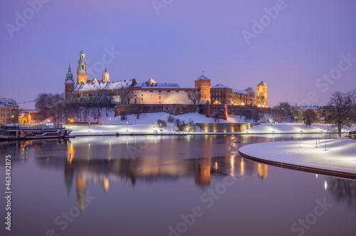 Canvas Krakow winter, night Wawel Castle over Vistula river, snow, Poland