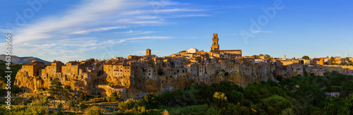 Fotografie, Obraz Pitigliano medieval town in Tuscany Italy
