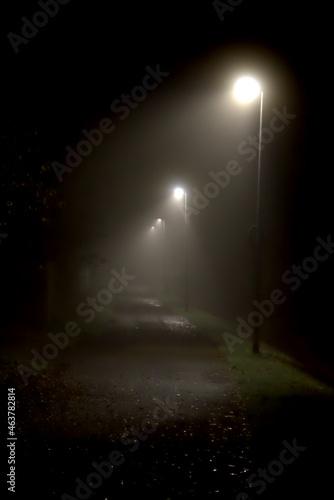Tela Oktober Nacht
