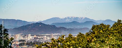 Fotografie, Obraz 小牧山城直下から見た市街地および岐阜城と能郷白山