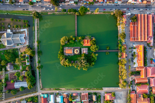 Fototapeta Aerial view of Ancient Buddha statue at temple in Sukhothai Historical Park, Thailand